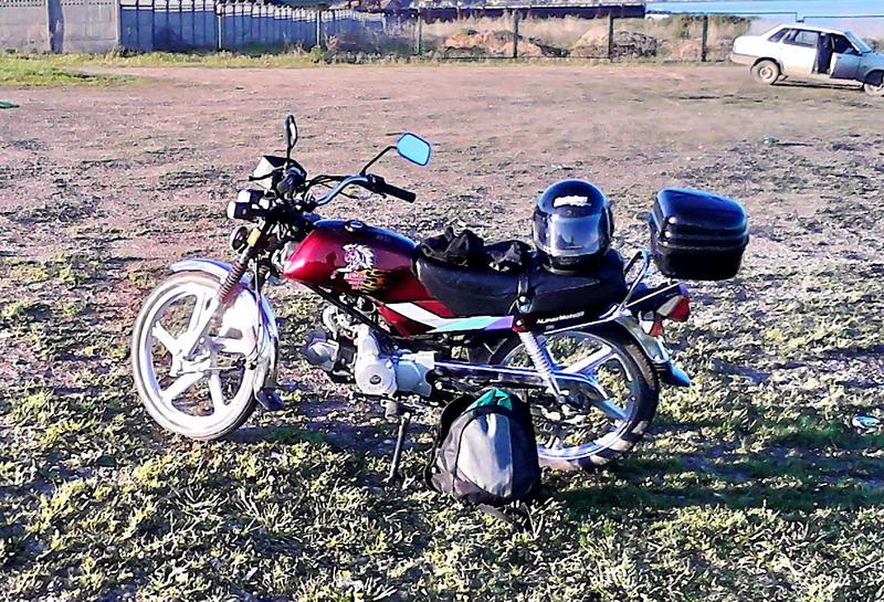kitaiskii-moped-motozikl