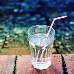 Чем полезно употребление воды натощак
