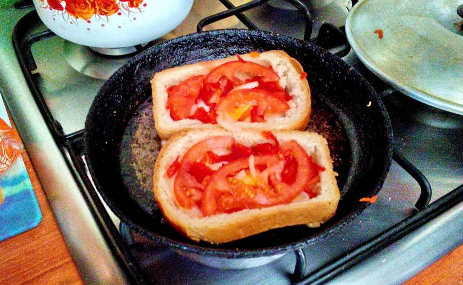 бутербродики для души на завтрак, оригинальные бутерброды, необычные бутерброды, русские бутерброды, как сделать необычный бутерброд, примеры необычных бутербродов, как удивить бутербродами, горячие бутерброды, горячие, бутерброд